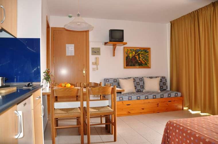 Apartments Safari, Calella