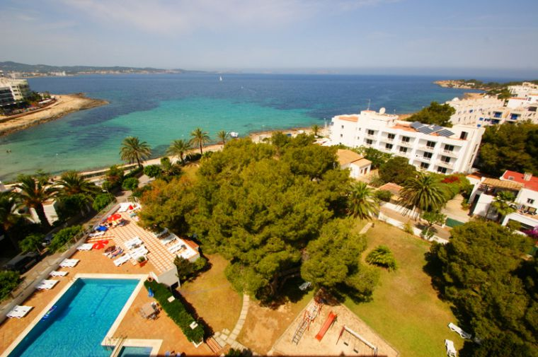 Abrat, Ibiza