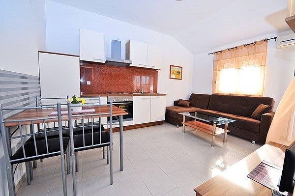 3 Sterne Apartments, Novalja